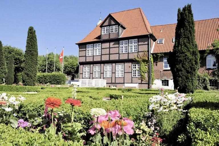 Deutsches Maler- und Lackierer-Museum im Billwerder Glockenhaus